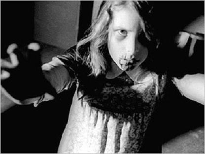 Creepy Girls (13): Little Zombie Girls « Vampyre Fangs