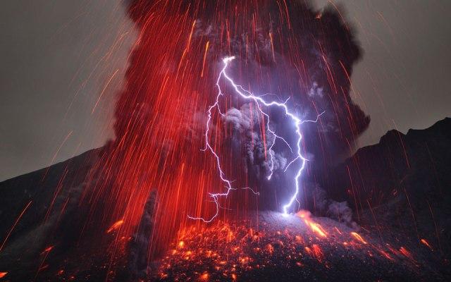 sakurajima-volcano-reitze